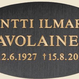 Kiviveistämö Levanderilta muistolaatta hautakiveen.