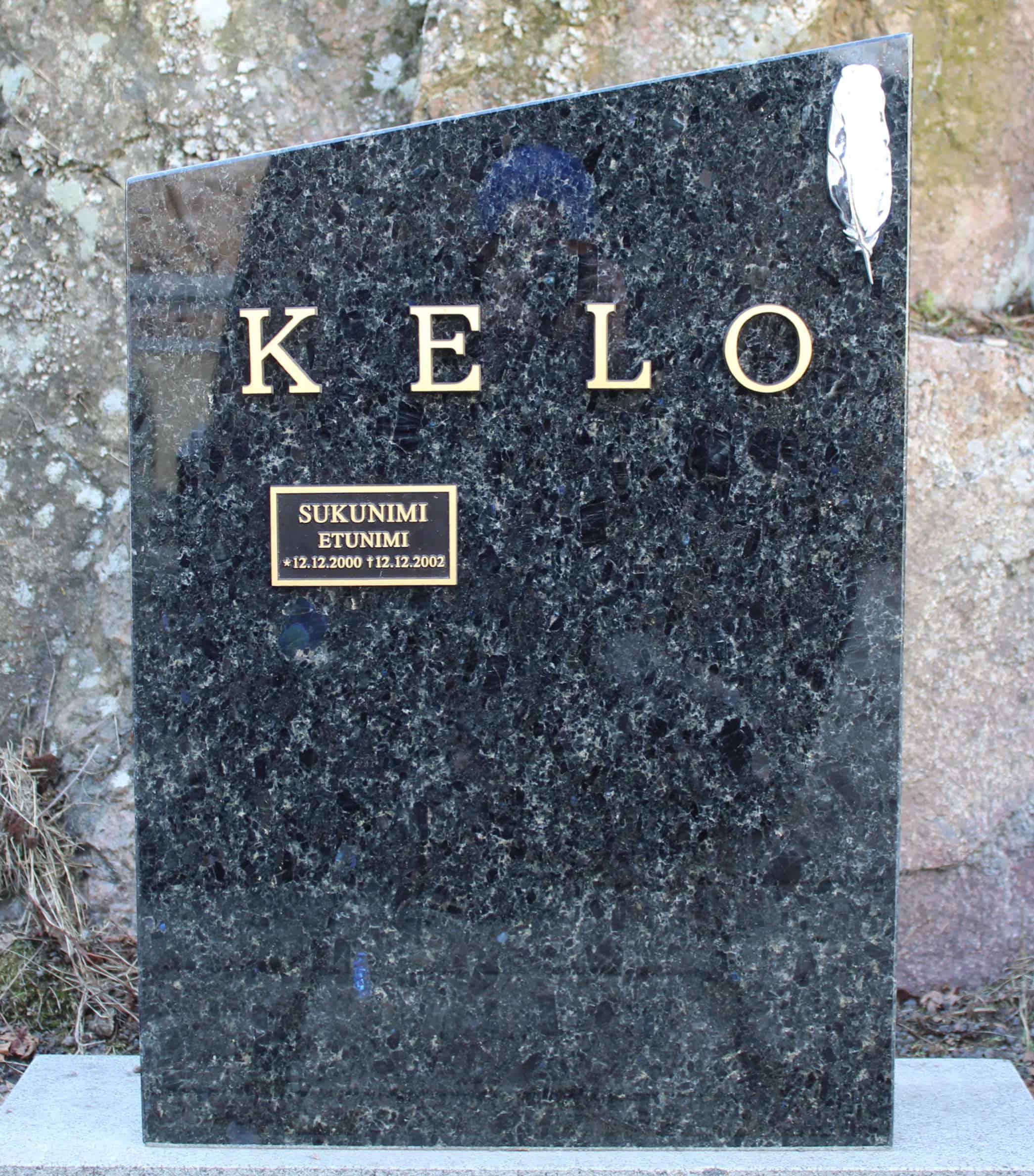 Hautakivet ja hautamuistomerkit lähes 100 vuoden kokemuksella. Tilaa hautakiven suunnittelu ja asennus luotettavalta yritykseltä.
