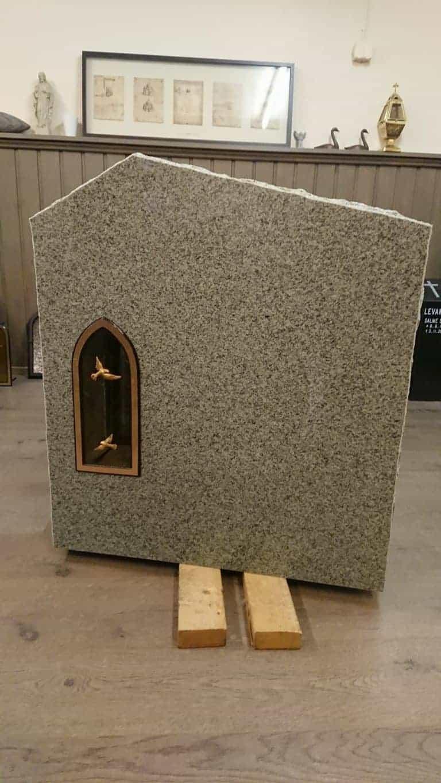 Hautakivet edullisesti, kiviveistämö Levanderilta, hautakivi tarjoukset voimassa vain meiltä.